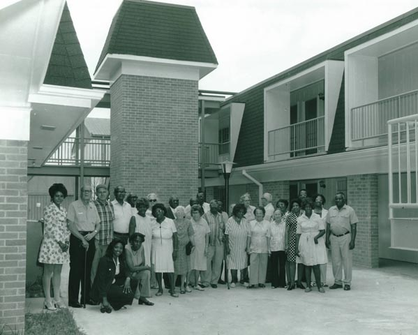 Historical Picture of HANO Apartments and Tenants